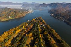 Nami Island and Cheongpyeong Lake (Oct 27, 2014). South Korean Fall Scenery by Drone - Korea Real Time - WSJ