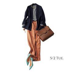 ゆるやかなAラインシルエットがジャケットコーデをぐっと女性らしくMarisol ONLINE|女っぷり上々!40代をもっとキレイに。