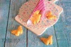cheese crackers {κρακερς τυριού} Toddler Meals, Toddler Food, Baby Food Recipes, Cookies, Healthy, Desserts, 12 Months, Food Ideas, Babies