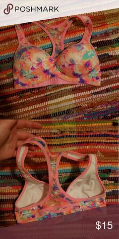 Victoria's Secret Sports Bra xs Bought from another posher. It fit when I first got it but needless to say, now it doesn't! The cup size fits, but the band part is too tight. Victoria's Secret Tops