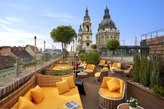High Note Sky Bar at the Aria Hotel Budapest with the view of St. Stephen Basilica #AriaHotelBudapest #Rooftop #Budapest