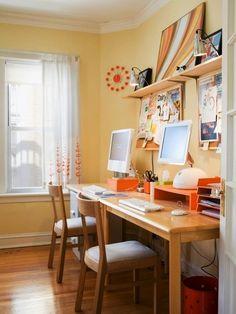 13 Ridiculously Smart Home Office Desk Organization Ideas - Schreibtisch Mesa Home Office, Home Office Desks, Office Workspace, Small Workspace, Casa Retro, Retro Home, Home Office Organization, Office Decor, Organization Ideas