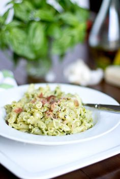15 Minute Pesto Pasta - Oh Sweet Basil