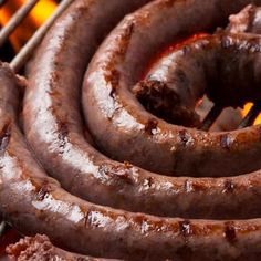 Top 10 South African Foods to Try Healthy Family Meals, Healthy Snacks, My Recipes, Cooking Recipes, Homemade Sausage Recipes, Delicious Desserts, Yummy Food, Biltong, South African Recipes