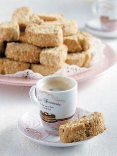 Παξιμαδάκια με γλυκάνισο, ούζο και σουσάμι - www.olivemagazine.gr
