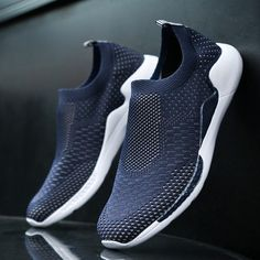 83c10b1f04ed29 2018 Fashion Summer Sneakers Men Vulcanized Shoes Breathable Slip on Casual Black  Shoes Comfortable Air Mesh