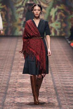 Lena Hoschek Fall Winter 2020 - 2021 fashion show at Berlin Fashion Week (January Vogue Fashion, Runway Fashion, Fashion Show, Fashion Design, Fashion News, Party Fashion, High Fashion Photography, Glamour Photography, Lifestyle Photography