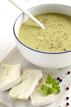 E-mail - Marry Bergwerff - Outlook Dutch Recipes, Soup Recipes, Soup Kitchen, Brie, Homemade Soup, Recipe Details, What To Cook, Tasty Dishes, Food Hacks