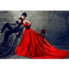 Custom Unique Red and Black Goth Wedding Gowns Dress Clothing Costumes Couple