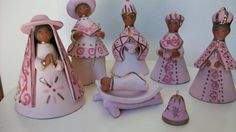Lovely Mexican pottery Christmas creche or nativity in pinks