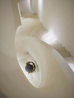 The Row New York store Design Jacques Grange (with Mary Kate & Ashley Olsen) Photo François Halard Mary Kate Ashley, Mary Kate Olsen, Interior Stairs, Interior And Exterior, Art And Architecture, Architecture Details, Architecture Interiors, Amazing Architecture, The Row