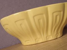 Vintage Mid Century Modern pottery planter, Haeger USA Pottery planter, Yellow planter, Ceramic planter, retro Yellow decor, Kitchen planter