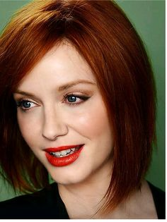 fumar hembra cabello rojo