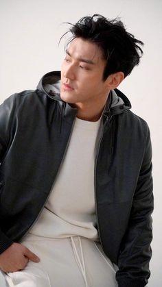 Leeteuk, Heechul, Choi Siwon, Korean Men, Korean Actors, Korean Dramas, Super Junior Donghae, Programa Musical, Kdrama Actors