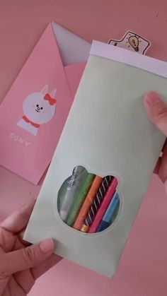 Cool Paper Crafts, Paper Crafts Origami, Diy Paper, Fun Crafts, Paper Flowers Craft, Creative Crafts, Crafts For Kids, Diy Crafts Hacks, Diy Crafts For Gifts