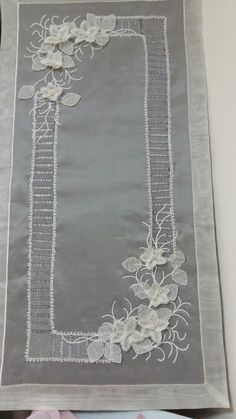 1 million+ Stunning Free Images to Use Anywhere Cutwork Saree, Free To Use Images, High Quality Images, Hand Embroidery, Finding Yourself, Elsa, Crafts, Angles, Inspiration