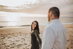 Beach sunset engagement shoot // Beach engagement shoot // Portuguese coast // Helena Tomas Photography