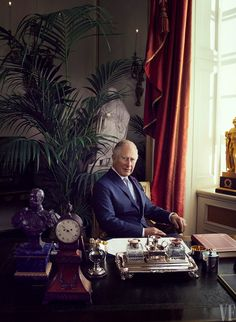 Photograph by Alexi Lubomirski. Charles, the Prince of Wales, at his desk at Clarence House, his official royal residence in London. Royal Prince, Prince Philip, Prince Of Wales, Prince William, Clarence House, George Vi, Camilla Duchess Of Cornwall, Royal Photography, Tudor