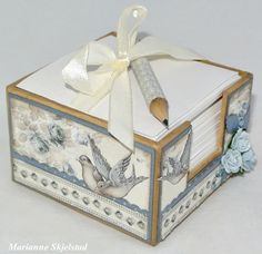 Note pad in beautiful blue by Marianne, featuring the Alma's Sewing Room collection