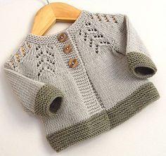 The Ciqala Arrowhead sweater is knitted from the bottom up, sleeves knitted separately, and then joined to the yoke. The only seaming required are the sleeve seRavelry: Ciqala Arrowhead Sweater - pattern by OGE Knitwear DesignsWanted to design someth Baby Cardigan Knitting Pattern, Baby Knitting Patterns, Baby Patterns, Knitting Designs, Crochet Patterns, Crochet Baby, Knit Crochet, Unisex Looks, Cardigan Bebe