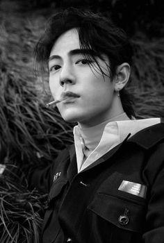 Handsome Asian Men, Handsome Boys, Pretty Men, Pretty Boys, Kpop, Drama Tv Shows, Slick Hairstyles, Cute Anime Chibi, Look Into My Eyes