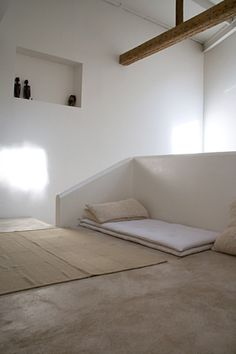 zen bed -- photograp