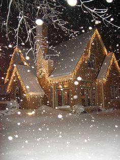 ✿⊱♡CHRISTMAS♡✿⊱ Noël, lumières des maisons