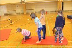 """Lasten peleistä ja muista eri medioista saamat vaikutteet innostivat kehittämään yhteistoiminnallista leikkiä """"Pirates of Caribean"""" hengessä. Ajatuksena oli lisätä ryhmän yhteenkuuluvuutta erilaist… Kindergarten Games, Preschool, Motor Activities, Activities For Kids, Yoga Games, Animal Yoga, Mindfulness For Kids, Exercise For Kids, Yoga For Beginners"""