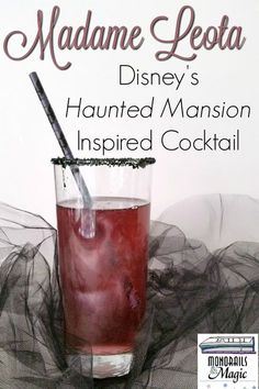 A Disney's Haunted Mansion inspired cocktail called a Madame Leota. There is a non-alcoholic version too. A Disney's Haunted Mansion inspired cocktail called a Non Alcoholic Drinks, Cocktail Drinks, Fun Drinks, Mixed Drinks, Liquor Drinks, Party Drinks, Disney Cocktails, Disney Themed Drinks, Disney Inspired Food
