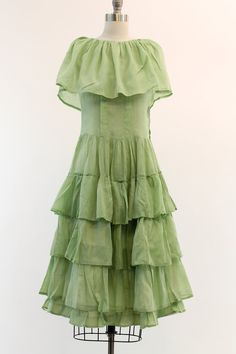 Tiered Skirt Dress..vintage
