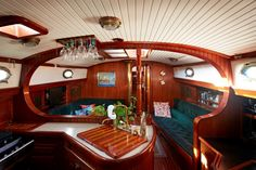 Image on BVI Property and Yacht  http://www.bvipropertyyacht.com/yachting/silmaril/