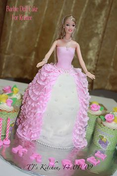 438 Best Barbie Doll Cakes Images Barbie Cake Barbie Barbie Doll
