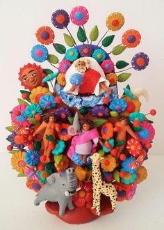 Minitaure Mexican tree of life by Soteno Family Metepec