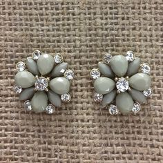 Flower Earrings ✨ Mixed crystal, hypoallergenic flower earrings ✨ Jewelry Earrings