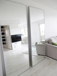 karmsund standspiegel schwarz standspiegel ikea und. Black Bedroom Furniture Sets. Home Design Ideas