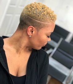 Low Cut Hairstyles, Natural Hair Haircuts, Short Shaved Hairstyles, Short Natural Curly Hair, Tapered Natural Hair, Short Sassy Hair, Super Short Hair, Short Hair Cuts, Black Hair Inspiration