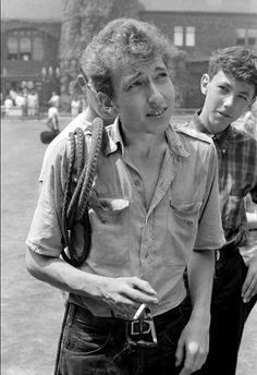 Bob Dylan at the Newport Folk Festival in 1963 . photo by Rowland Scherman Bob Dylan, Travelling Wilburys, Joan Baez, Music Station, Folk Festival, Before Midnight, Bob S, 6 Photos, Pictures