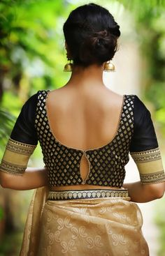 Designer Black Blouses You Can Shop Right Now! black blouse designs Designer Black Blouses You Can Shop Right Now! Brocade Blouse Designs, Black Blouse Designs, Best Blouse Designs, Blouse Back Neck Designs, Designer Blouse Patterns, Traditional Blouse Designs, Dress Designs, Lehenga, Blouse Designs Catalogue