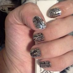 Retired #metaliccracklejn jamberry nail wraps are great jamazingjammers.jamberrynails.net