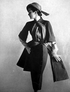 Look at the styling on this vintage suit! Vogue, Paris 1951 Women's vintage fashion clothing image photo photography