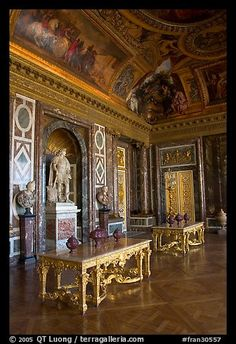 Palace of Versailles Rooms | Picture/Photo: Versailles Palace room. France