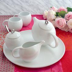 Feliz día de la Madre! Mother's Day is different in every country, today is Mother's Day in Spain. #mothersday #diadelamadre #lifestyleceramics #evateaset #porcelain #beautiful #design #simplepleasures #grandtea #afternoontea #teaclub #teaporn #teathings #teatime #teablogger #instatea #tea #timefortea #etsyseller #differencemakesus #etsysuccess #EtsySmallBusiness #designporn #designinspiration #designideas #designlovers #designyourlife #designoftheday #designblogger #designblog
