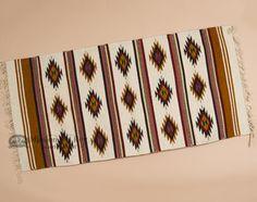 Loom Weaving, Hand Weaving, Native American Rugs, Ancient Aztecs, Southwest Style, Rugs Online, Log Homes, Floor Rugs, Wool Rug