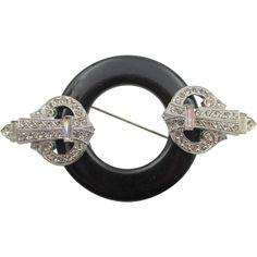 Use Walmart Jewelry Department For Your Shopping List 18k Gold Jewelry, Sparkly Jewelry, Cheap Jewelry, Sea Glass Jewelry, Antique Jewelry, Vintage Jewelry, Custom Jewelry, Kenneth Jay Lane, Art Deco Jewelry