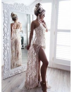 Spaghetti Straps Long Mermaid Prom Dress with Lace Burgundy Party Dress Sexy Wedding Dresses, Sexy Dresses, Formal Dresses, Estilo Kylie Jenner, Mermaid Prom Dresses, Sensual, Lace Dress, Girl Fashion, Party Dress