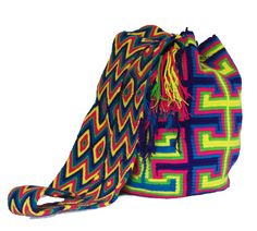 Buy Wayuu Bags Online-Colombian Bags Retailers and Wholesalers-Suscribe and Get 3 FREE Wayuu Bracelets with your first purchase! Baby Turban Headband, Cat Applique, Crochet Summer Tops, Old Sweater, Dark Brown Color, Tribal Patterns, Crochet Patterns For Beginners, Garter Stitch, Girls Sweaters