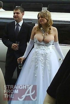 Um... I am not quite sure I follow. How is that dress suppose fit?!?!