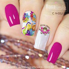 Conheça AGORA a coleção completa de Carnaval 2018 e caia na folia com muitooo estilo 😃😃😃 ❤️ Adquira já a sua através do nosso What's App (17) 99601-7921 😉😉 Floral Nail Art, Pink Nail Art, Cute Nail Art, Pink Nails, Glitter Nails, Cute Nails, Pretty Nails, Wow Nails, Aycrlic Nails