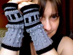 Dalek fingerless gloves. Jennifer Christmas gift? Can I knit well enough to make these?
