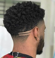 Mens Braids Hairstyles, Black Men Hairstyles, Black Boys Haircuts, Haircuts For Men, Hair And Beard Styles, Curly Hair Styles, Drop Fade Haircut, Hair Sponge, Black Hair Cuts